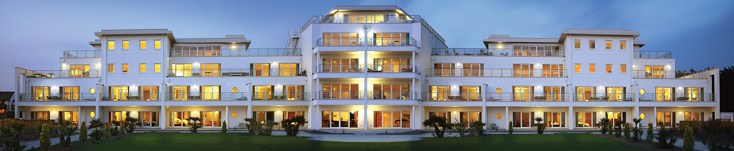 genius-home-slide-hotel